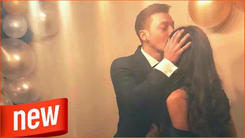 Oezil kết hôn với cựu Hoa hậu Thổ Nhì Kỳ