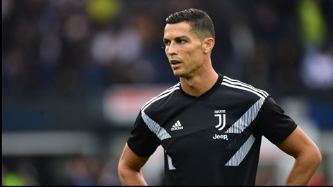 Real có một loạt hành động khiến Ronaldo đau lòng
