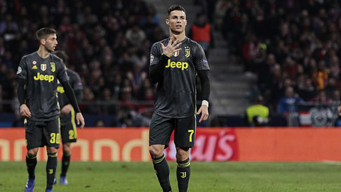 Không ghi được bàn, Ronaldo bỏ danh hiệu ra mỉa mia Atletico