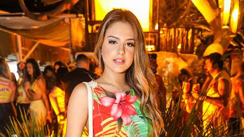 Rafaela Porto: Nữ ca sỹ xinh đẹp 'quẩy' xuyên đêm với Neymar