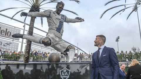 CĐV LA Galaxy tin Beckham khồng xứng đáng dựng tượng
