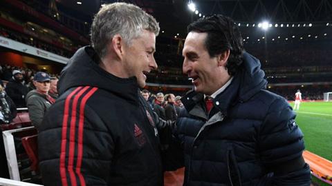 M.U và Arsenal, kẻ thua sẽ mất Champions League