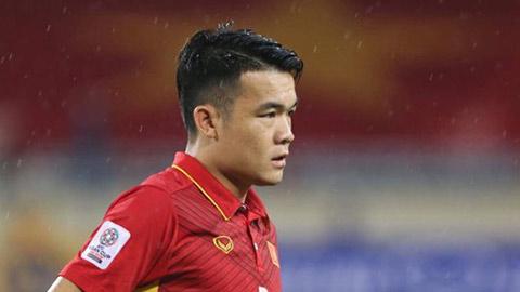 Cựu tuyển thủ Việt Nam chỉ cách sút khiến quỹ đạo bóng khó lường