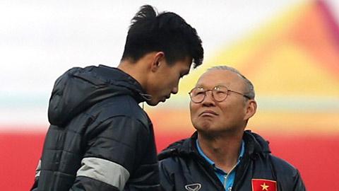 HLV Park ủng hộ cầu thủ như Văn Hậu ra nước ngoài