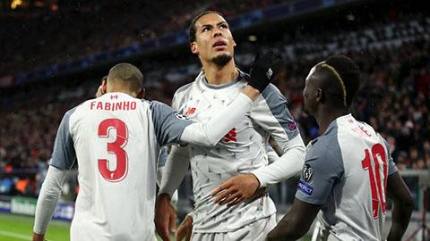CĐV Liverpool phát cuồng vì Van Dijk đánh đầu như Ronaldo