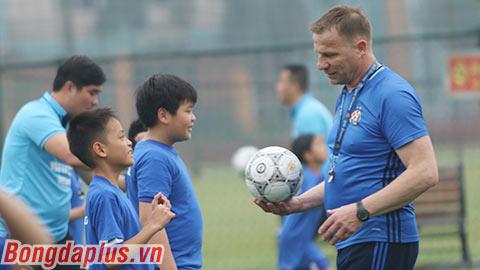 Lò đào tạo số 2 châu Âu sang Việt Nam tìm tài năng trẻ