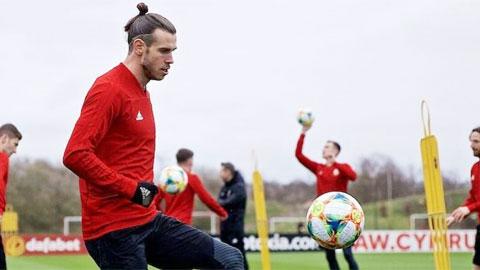 M.U cử Carrick tới xem giò Bale