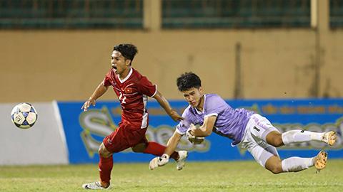 Tiền đạo Phạm Xuân Tạo (U19 tuyển chọn Việt Nam): Cổ tích của một ... chú lùn