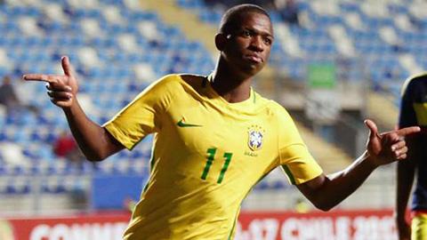 Không phải Neymar, Vinicius được chọn giới thiệu áo đấu ĐT Brazil