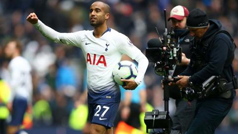 Lucas Moura tỏa sáng giúp Tottenham đại thắng Huddersfield 4-0: Cú hat-trick giật lại niềm tin