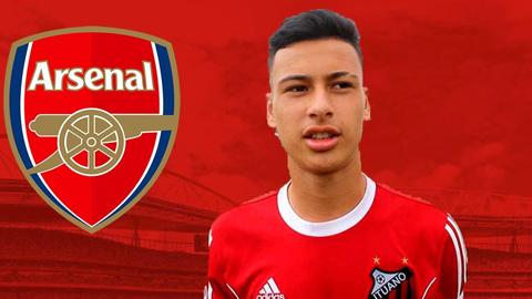 Arsenal có tân binh đầu tiên trong mùa Hè