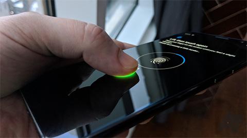 Nokia 9 PureView dính lỗi 'ngớ ngẩn' ở cảm biến vân tay
