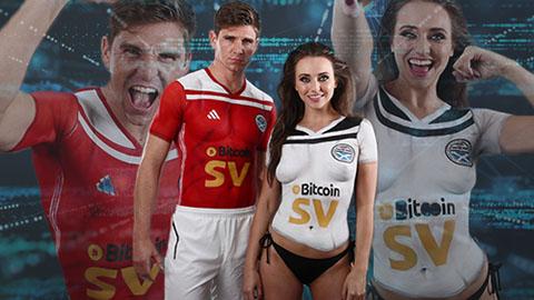 Đội bóng vô danh thuê người mẫu khỏa thân quảng cáo áo đấu