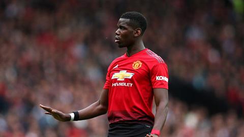 Pogba buộc phải giảm 25% lương nếu ở lại M.U