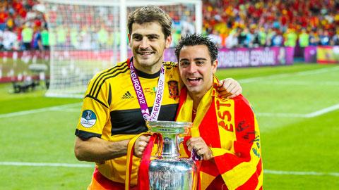 Xavi, Casillas và lời chia tay của thế hệ vàng