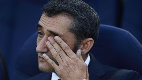 HLV Valverde chúc mừng Liverpool, thừa nhận Barca thua là xứng đáng