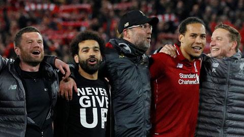 Người Liverpool chung một cảm nghĩ: 'Thật không thể tin được'