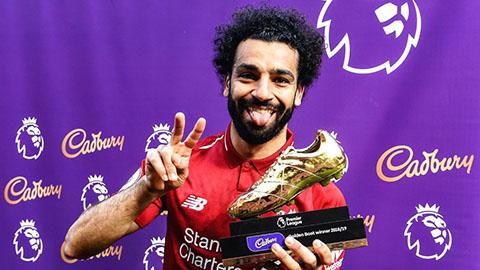 Vuột vô địch Ngoại hạng Anh, Salah mang 2 giày vàng ra ngắm giải sầu