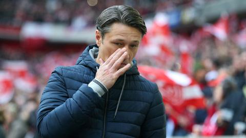 Kovac ăn mừng trong nỗi lo âu