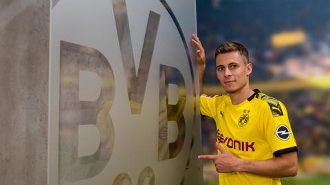 Dortmund chiêu mộ thành công Hazard em và Brandt