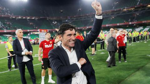 Valencia: Lần đầu tuyệt vời của Marcelino!
