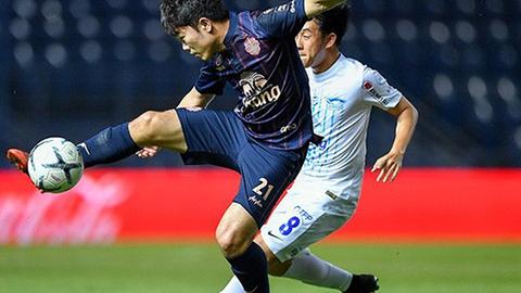 Trận đấu giữa CLB của Xuân Trường và Văn Lâm lập  kỷ lục về khán giả ở Thai League 2019
