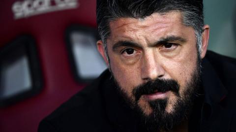 Milan vẫn chưa có duyên với các cựu danh thủ
