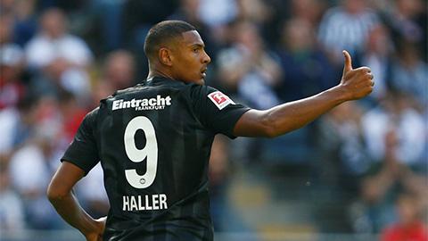 M.U bất ngờ nhắm tiền đạo vô danh của Frankfurt thay Lukaku