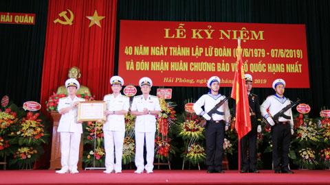 Lữ đoàn 679 kỷ niệm 40 năm thành lập và đón nhận Huân chương Bảo vệ Tổ quốc hạng Nhất