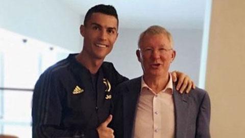 Cristiano Ronaldo: Từ cậu bé xương xẩu thành 'người khổng lồ'