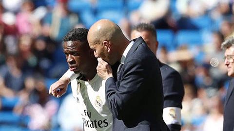 Sợ mất chỗ ở Real, Vinicius rút ngắn kỳ nghỉ