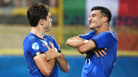 U21 Italia gợi nhớ 'thế hệ vàng'