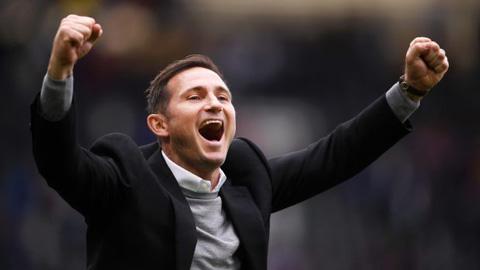 Lampard trở lại Chelsea, lương 16,5 triệu bảng/3 năm