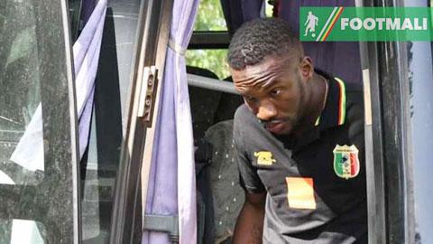 Adama Niane bị ĐT Mali tống cổ khỏi CAN vì tẩn đội trưởng