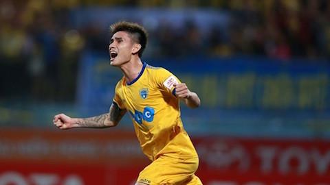 Chia tay Thanh Hoá, Đinh Tiến Thành về đầu quân cho Hà Nội FC