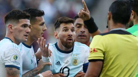 Không có chuyện UEFA mời Messi và Argentina tham dự Nations League