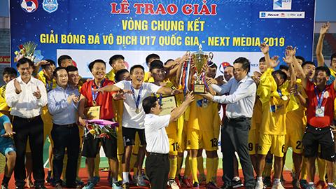 Đánh bại PVF ở loạt 11m Thanh Hóa lần đầu tiên vô địch U17 Quốc gia