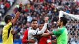 Quan chức Argentina yêu cầu Messi phải xin lỗi