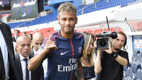 Neymar & PSG: Chấn thương dai dẳng, tranh cãi liên miên
