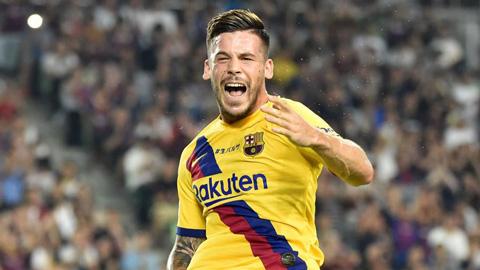 Carles Perez: Từ ngôi sao đội B đến phát hiện mùa Hè của Barca