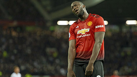 Man United đã hủy hoại Lukaku