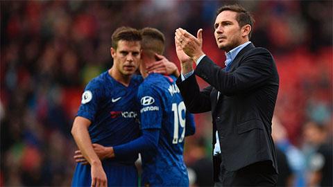 Chelsea đáng khen hơn đáng trách