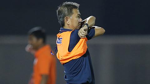 HLV Hoàng Anh Tuấn từ chức HLV trưởng U18 Việt Nam