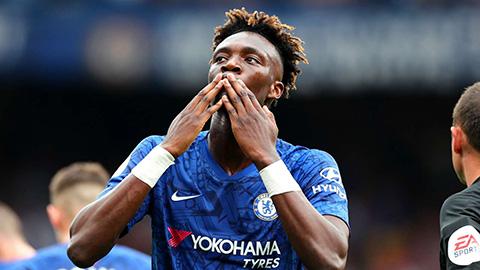 Hàng thủ Chelsea sẽ hại cả Lampard & Abraham