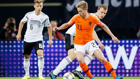 Barca nhìn đi, De Jong ở Hà Lan rất xuất sắc!