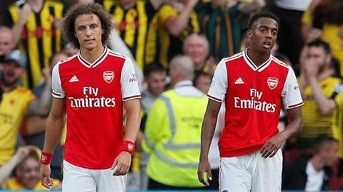 Arsenal lập kỷ lục trong ngày bị Watford cầm hòa