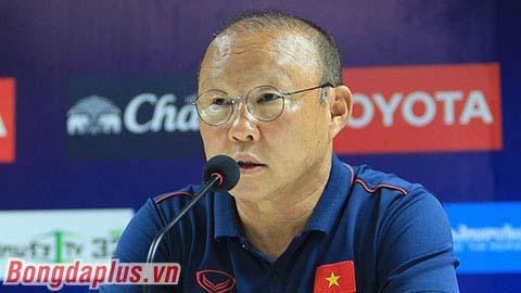 VFF, VPF thống nhất đổi lịch, HLV Park Hang Seo được lấy ý kiến