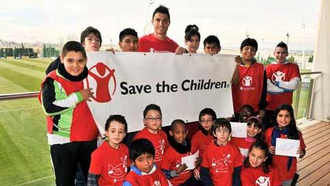 Ronaldo có tấm lòng vàng thế nào?