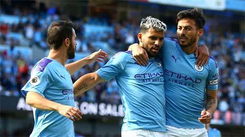 'Liverpool thiếu chiều sâu đội hình để hạ bệ Man City'