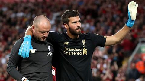 Liverpool sắp đón Alisson trở lại sau chấn thương